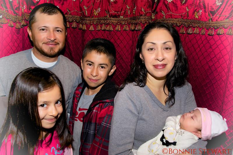 The Tablas Family, Dad Cosme, Cosme Jr., Mom Maggie, Erika and Princess