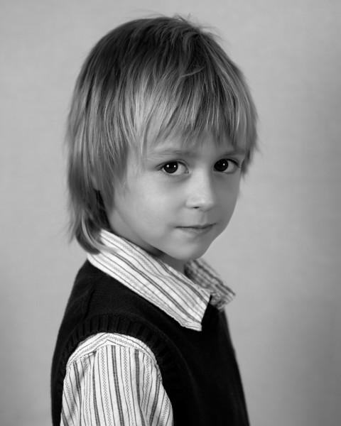 Kids 11-07 Portraits-3_8x10_BW