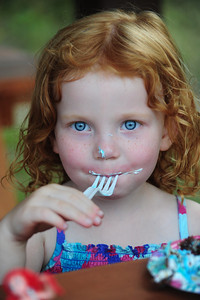 Frosting and blue eyes