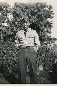 1951-03_ben-army08