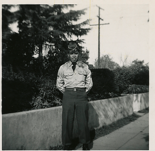 1951-03_ben-army07