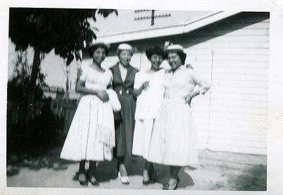 1940s-reyes-easter-blury