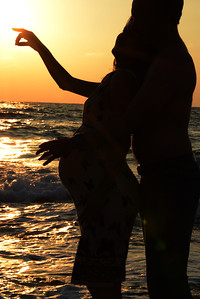 Yael and Dani Falk - Pregnency Pictures