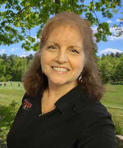2020-08 Donna Bigg-Headshot 2-Nina 5-BC