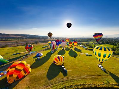 40x30 Balloon Race