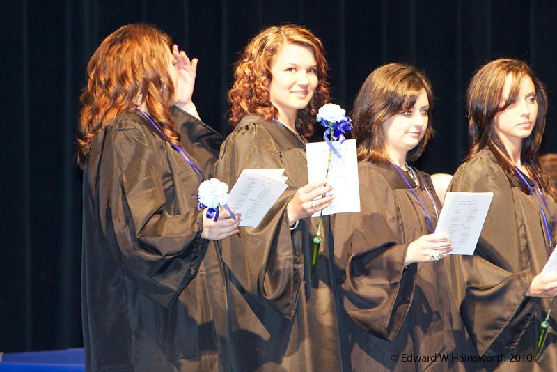 Robyn DA Grad-079