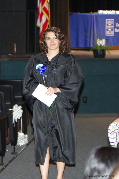 Robyn DA Grad-052