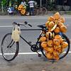 31 décembre : Vendeur de noix de coco