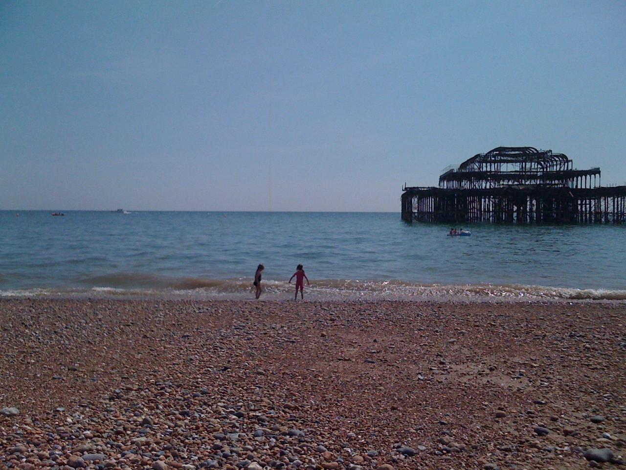 Seaside girls