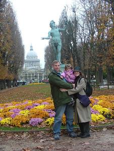 Au Jardin du Luxembourg, Le Pantheon au fond