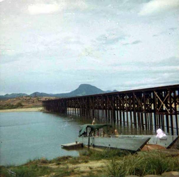 Liberty Bridge 1967-Photo Courtesy Victor Vilionis-7th Marines