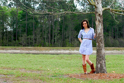 Unique senior portraits taken outdoors in Jacksonville, FL.