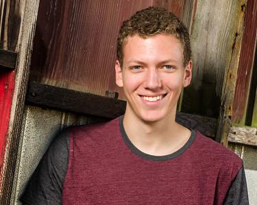 Kyle V'Dovec