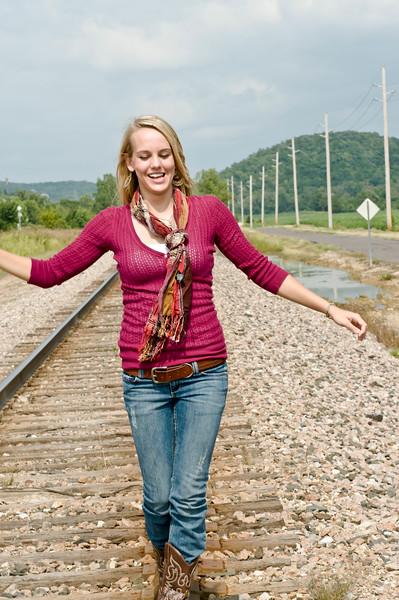 016 Shanna McCoy Senior Shoot - Train Tracks