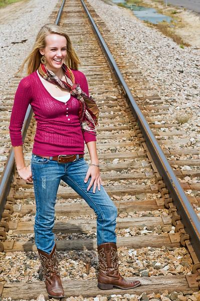 004 Shanna McCoy Senior Shoot - Train Tracks