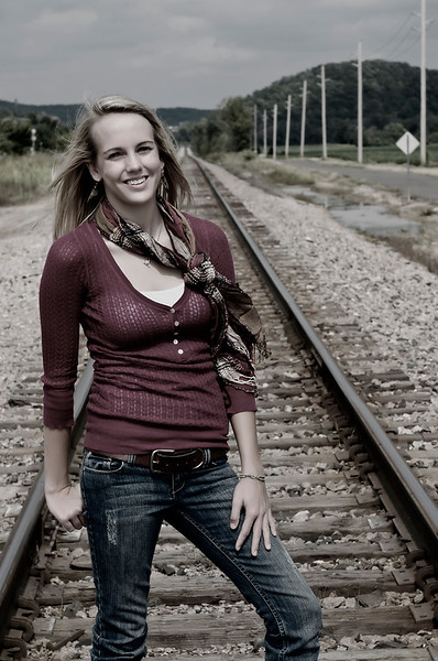 003c Shanna McCoy Senior Shoot - Train Tracks (plitz)(nik b&w part desat)