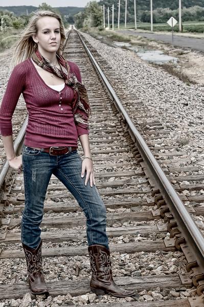 001a Shanna McCoy Senior Shoot - Train Tracks (plitz lucas)(nik b&w part desat)