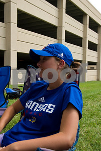 09 05 2009_Tailgate_with_Lauren_024
