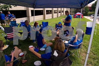 09 05 2009_Tailgate_with_Lauren_021
