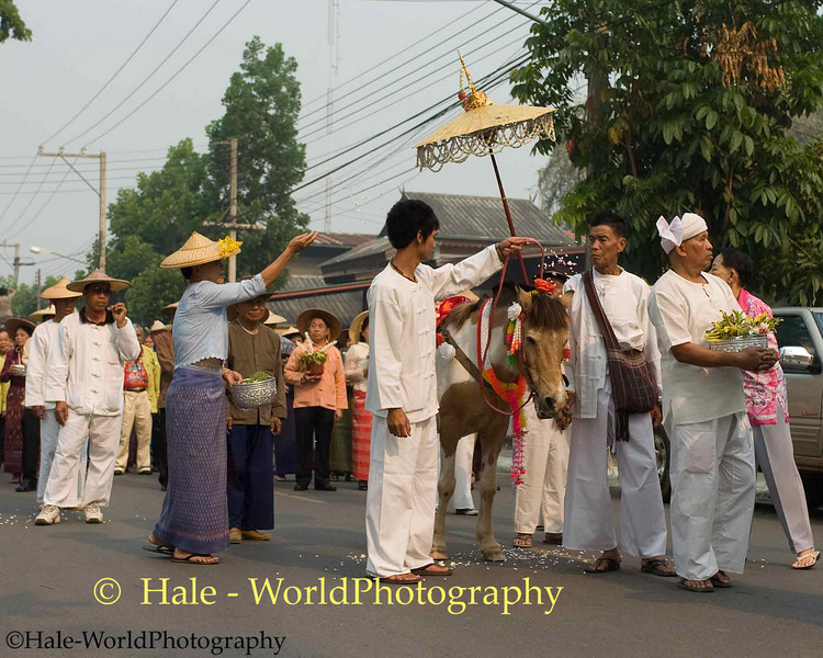 Shan Men Carrying Offerings Through Maehongson During Poi Sang Long Festival