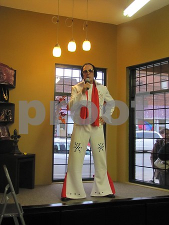 Elvis impersonator, Alan McAfee.