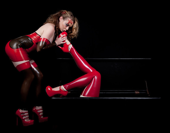 Smell of .... Latex