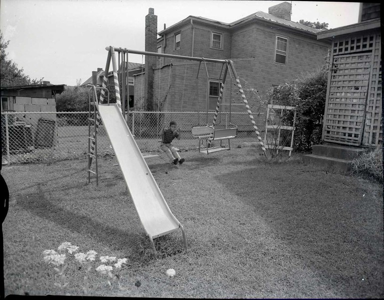 Child on Swing Set 2 (03562)