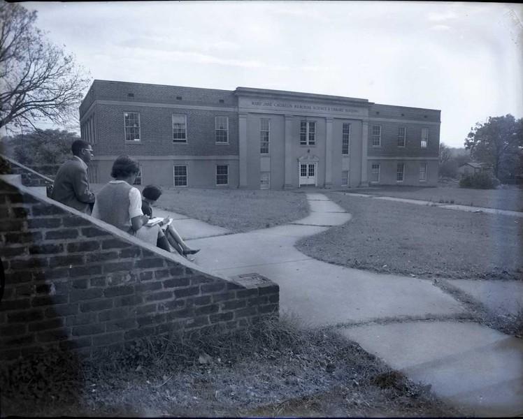 Virginia Seminary Science Building (03728)