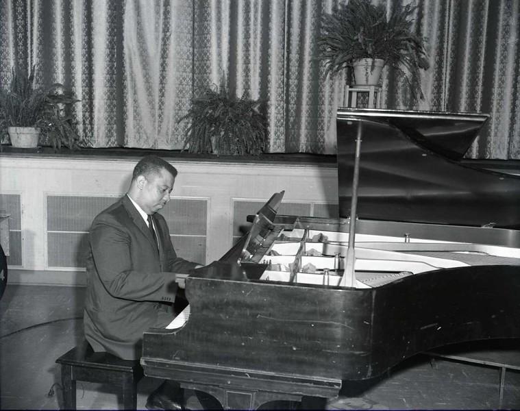 Man Playing Piano (03769)