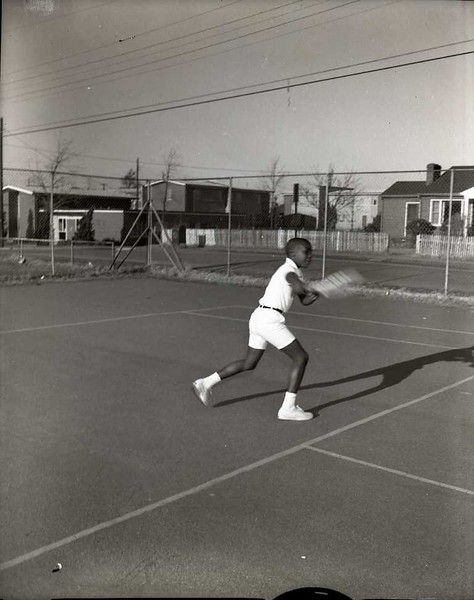 Boy Playing Tennis II (03809)