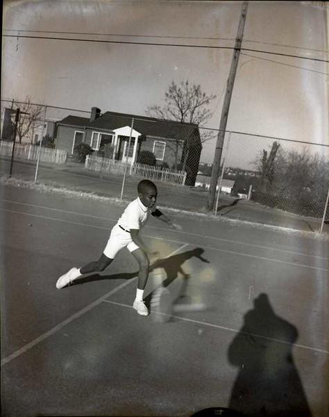 Boy Playing Tennis IV (03812)
