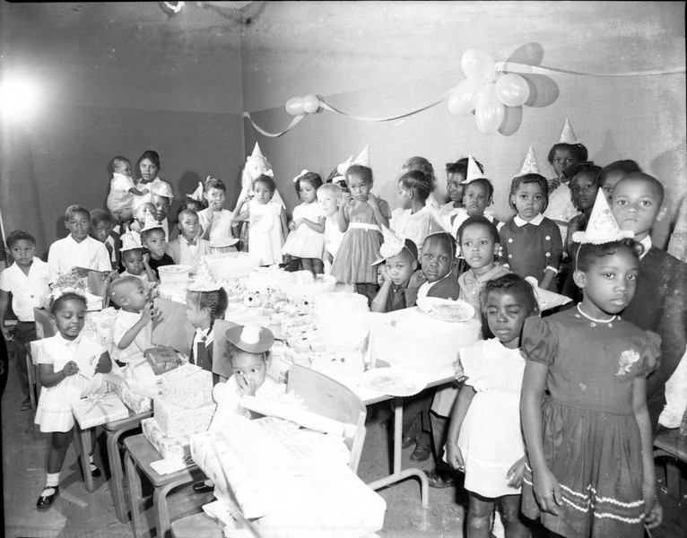 Party at YMCA 1964 (03487)