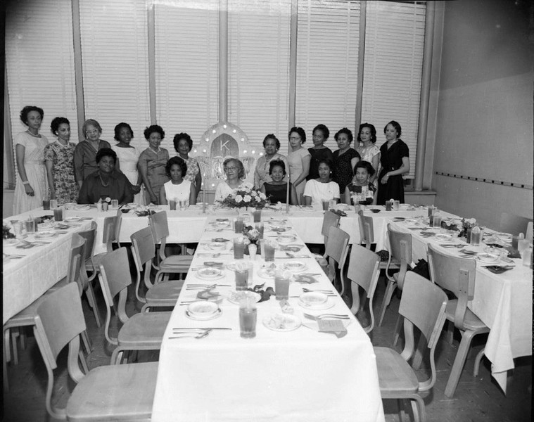Gamma Iota Omega Chapter of AKA V (03482)