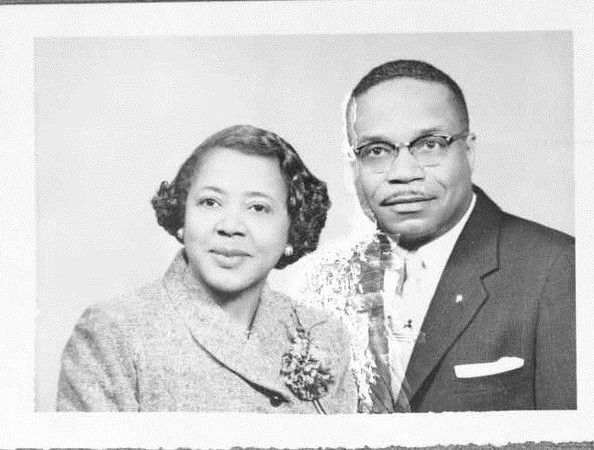 Couple in Suit and Dress 1961 (03495)