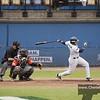 Neptunus 18: Gyenuar Lopez slaat een twee-honkslag en brengt daarmee de stand op 4-0  in de vierde inning.