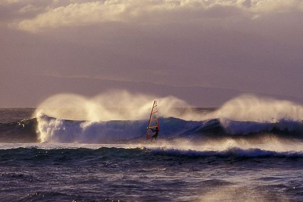 Windsurfer practices on the waves at Ho'okipa, Maui, Hawaii ( Central Pacific Ocean )<br /> 1