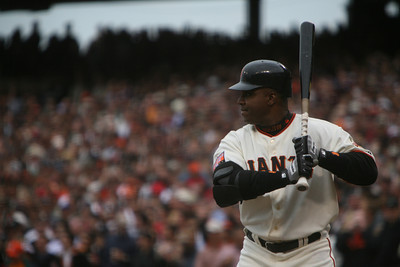 Barry Bonds stands at 1st base in the 1st inning