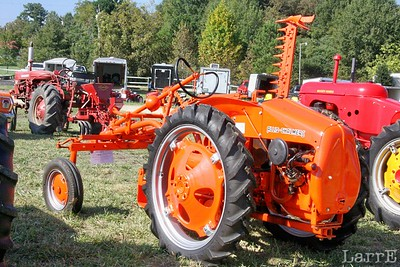 this Allis-Chalmers is a rear engined job