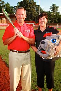 Brett and Kelly Bridges, GWU Alumn; Bulldog Club Members and Donors to the University