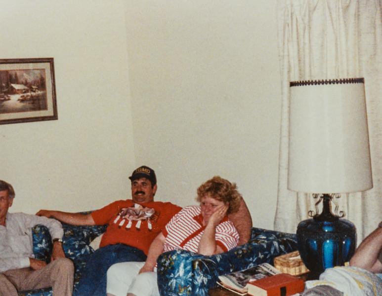 R. Scott, Verl, Teresa