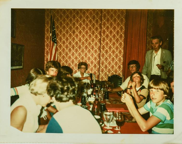 Kathy Jarvie, Karen Lamson, Heidi Lamson, Dave Bonnstetter, Pauline Lamson, Paul Lamson, Russell R Lamson, Brian Lamson, Russell O Lamson standing Shrone Club 1978