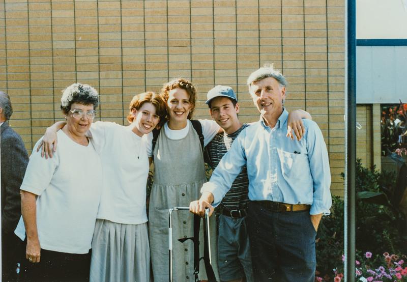 Kathy, Sara, Kristen, Scotty, Scott Jarvie Oct. 11, 1995 Kristen leaves for her mission