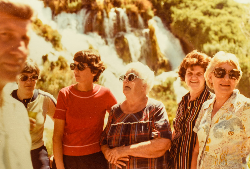 Jack, Diana, Kathy, Jennie, Wanda, Mary Jarvie Idaho Family Reunion July 1978