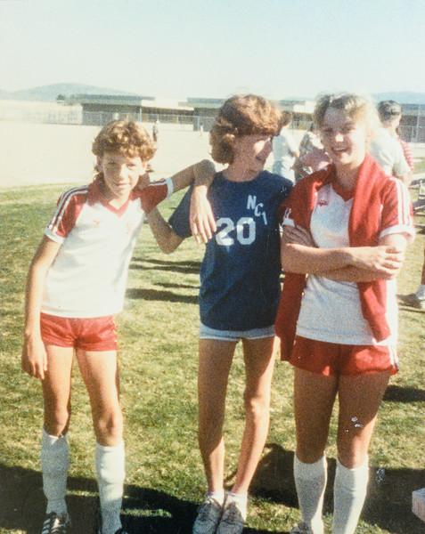 Kris, Sara, Amiee 1986