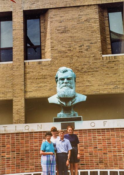 Kathy Sara, Scott, Kristen Palmer College 1992