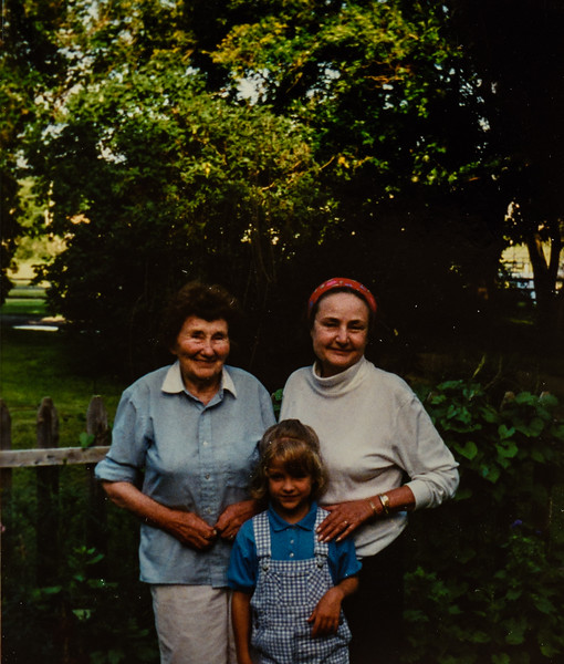 Evelyn Harper, Marilyn Cleland, granddaughter