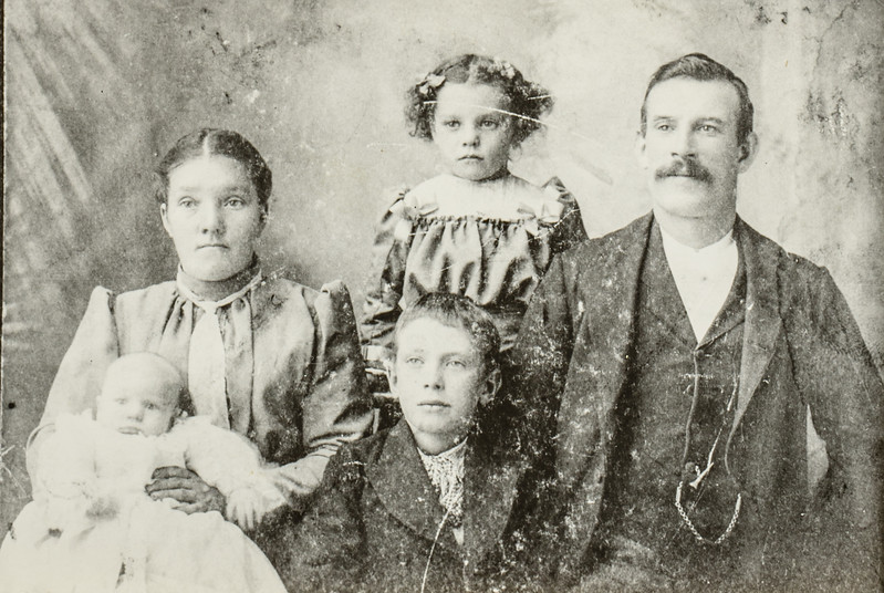 Matthew Anderson Jarvie, and Isabella Strathearn, John Strathearn Jarvie and Isabella Strathearn Jarvie and Robert or possibly Alexander