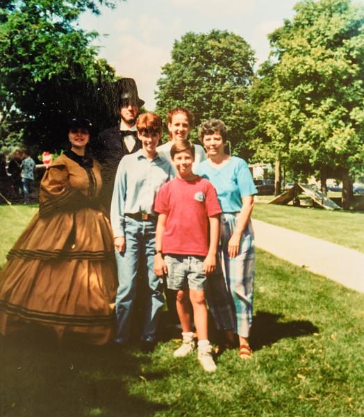 Kathy, Kris, Sara, Scotty Jarvie 1992