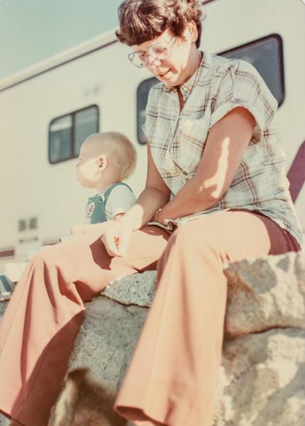 Scott M, mom, Yosemite Aug. 1980