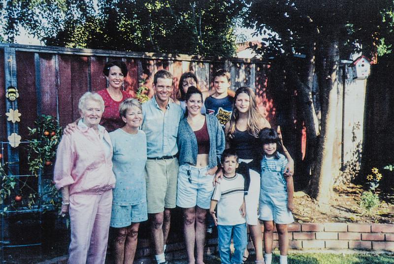 September 1999 Carmen, Gerri, Russ, Erin, Heidi and Children